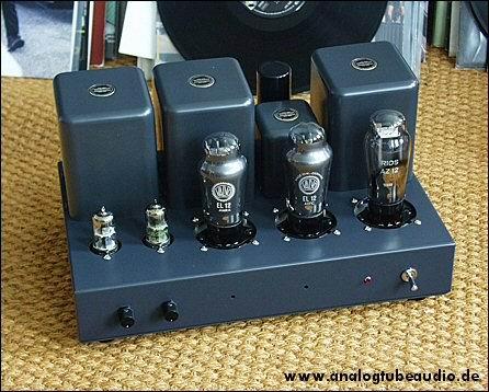 Uchida / Sun Audio, Japan Röhrenverstärker mit EL12 Endröhren triode amp